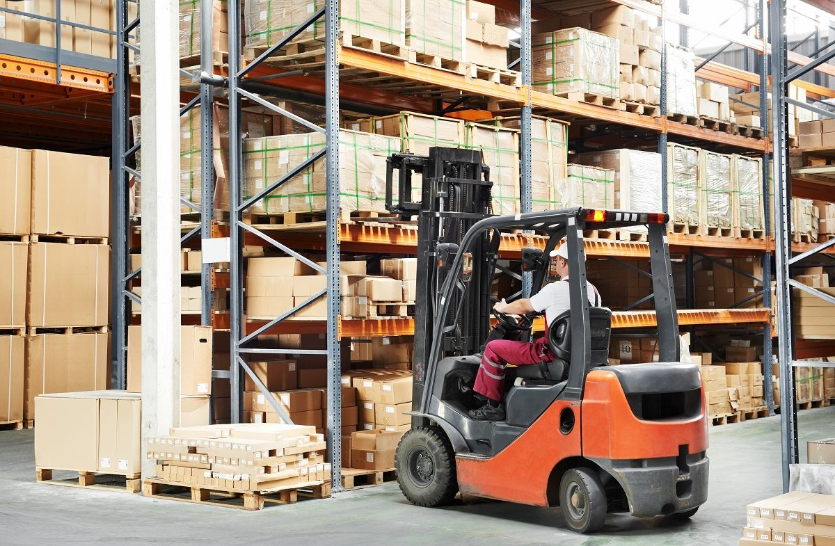 How-To-Increase-Warehouse-Efficiency-With-a-Good-Warehouse-Equipmen-1-1200x785.jpg