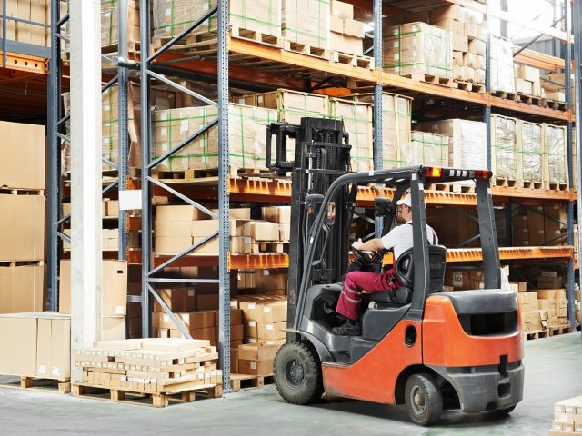 http://www.deniint.com.mk/wp-content/uploads/2019/06/How-To-Increase-Warehouse-Efficiency-With-a-Good-Warehouse-Equipmen-1-640x480.jpg